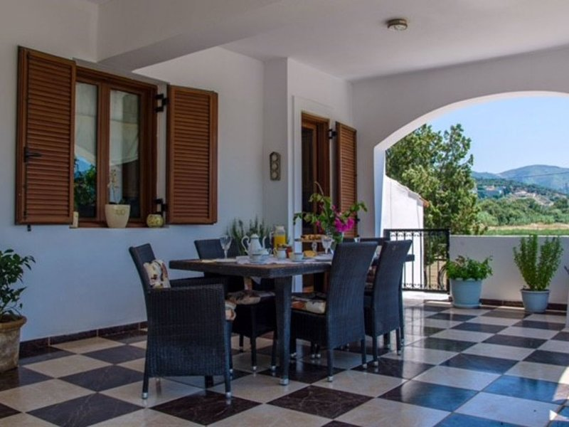 Welcome To Our Traditional Experience House, holiday rental in Platanias