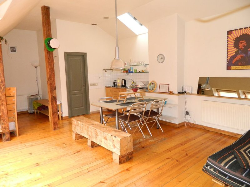 Studio mansard in Old City at the Livu square, holiday rental in Marupe