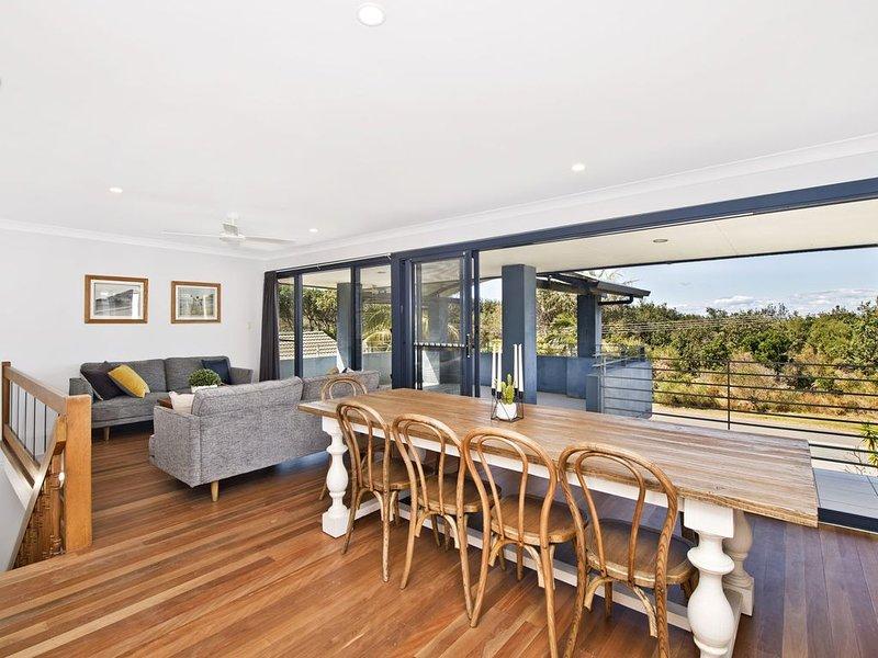 143 Matthew Flinders Drive, Port Macquarie, vacation rental in North Haven
