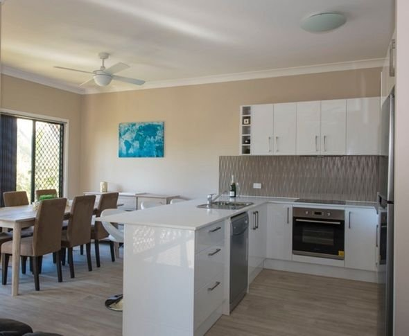 Keona Grove Home - beautiful Townhouse, alquiler vacacional en Mount Glorious