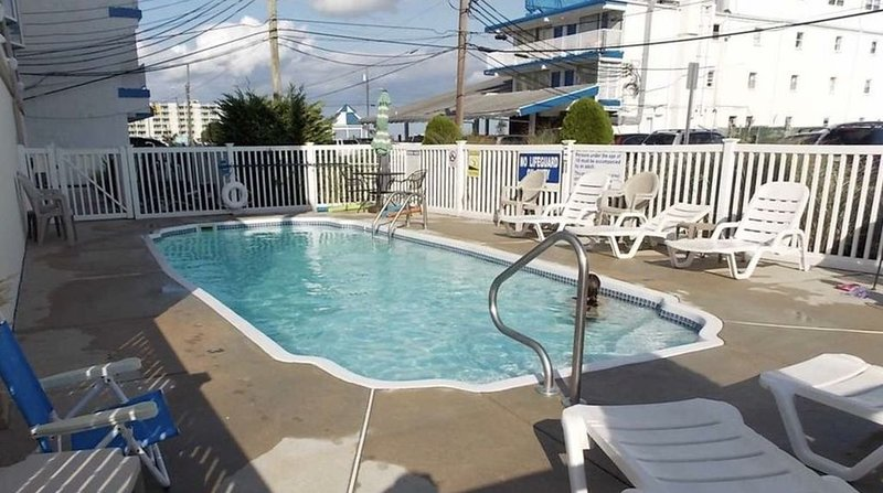 3 Bed, 2 Bath, Worry free Rental! Linens included! Toiletries & sundries too!, vakantiewoning in Wildwood Crest