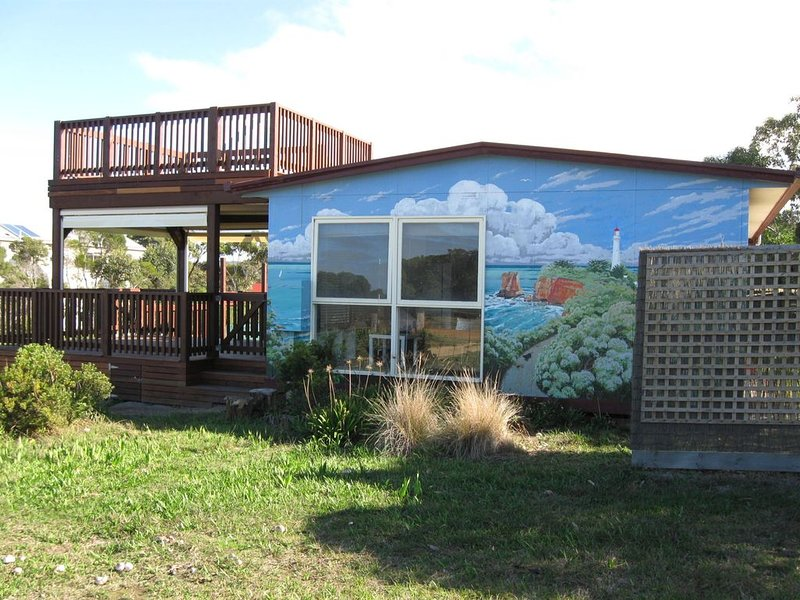 Property ID: 104AI084, holiday rental in Aireys Inlet