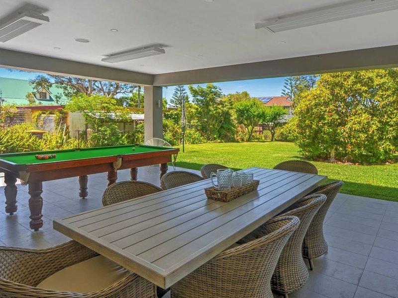 Bregos Beach House- only minutes to pristine Callala Beach, holiday rental in Callala Beach