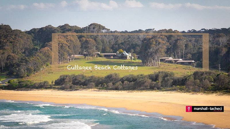 CUTTAGEE BEACH COTTAGE 3 - Affordable, Family Friendly accommodation, in beach l, holiday rental in Barragga Bay