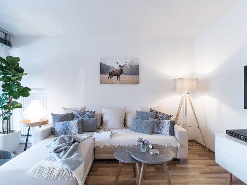 NEW! ❀ Modern & Comfortable & Stylish ❀Alberta Suite❀, holiday rental in Schmallenberg