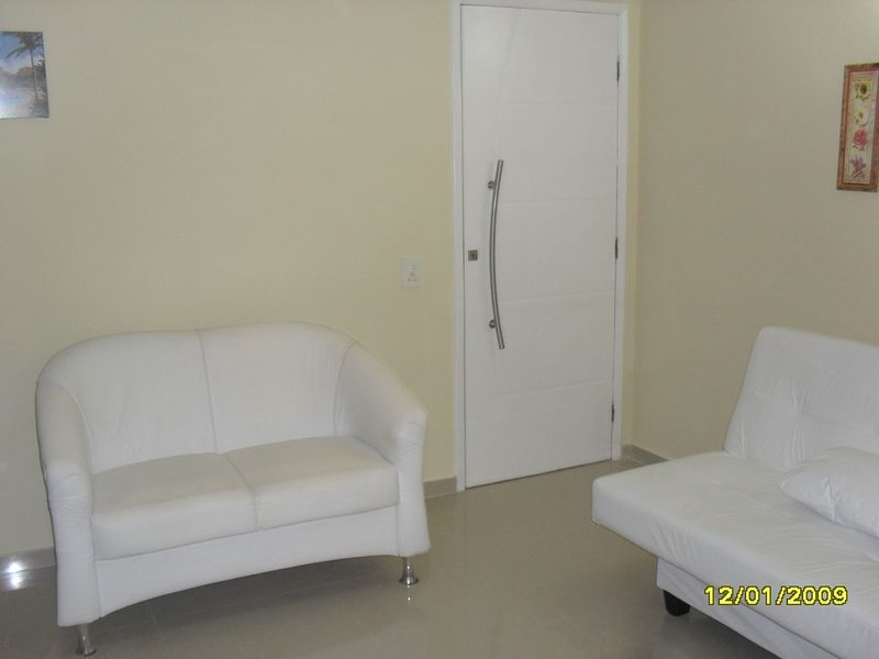 APARTAMENTO 1 QUARTO C/VISTA PRAIA DO FORTE CABO FRIO FRENTE, vacation rental in Cabo Frio