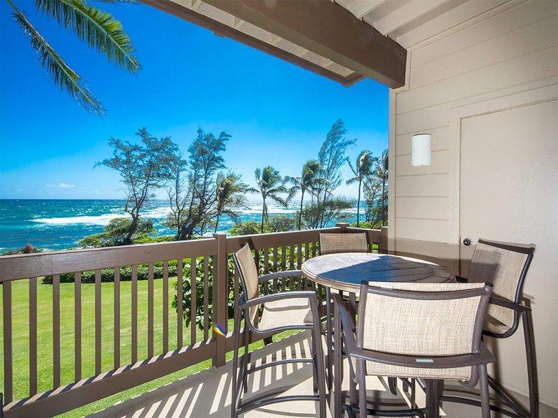 Bright, Airy Condo w/Epic View! Wood Floors, Lanai, Full Kitchen, WiFi–Kaha Lani, casa vacanza a Lihue