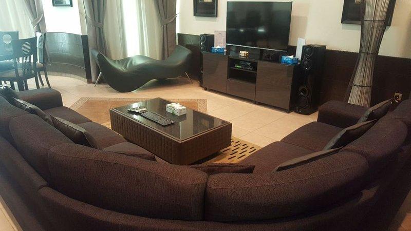 Bneid Al Gar Penthouse, holiday rental in Kuwait City