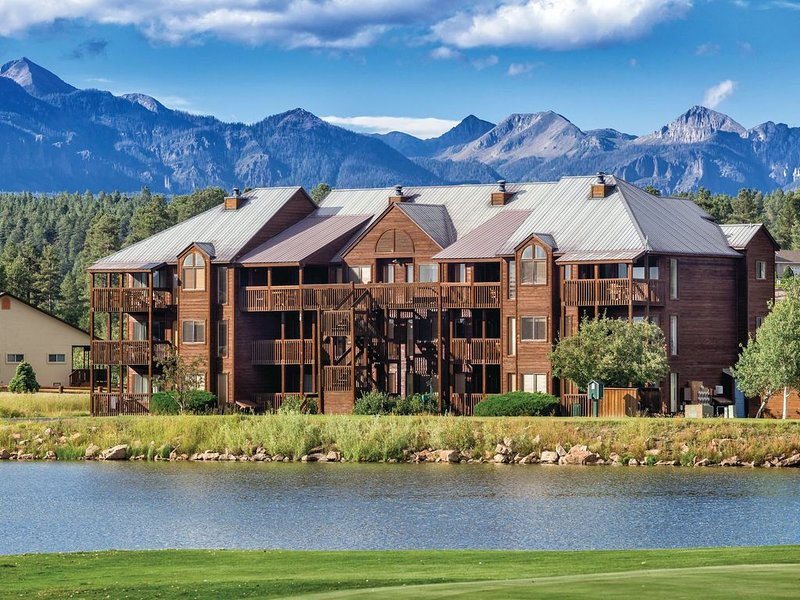 Wyndham Pagosa - Top Rated Lakefront Resort in Pagosa Springs!, casa vacanza a Pagosa Springs