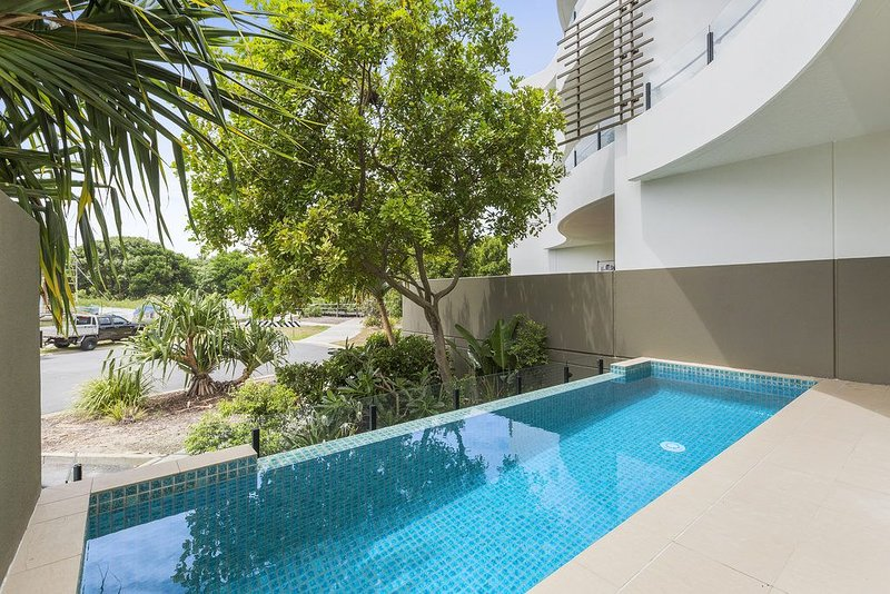 COTTON BEACH 8 ESCAPE WITH PRIVATE PLUNGE POOL, holiday rental in Duranbah