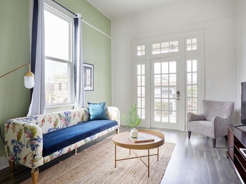 Sonder | Magazine Flats | Charming 3BR + Balcony – semesterbostad i Marrero