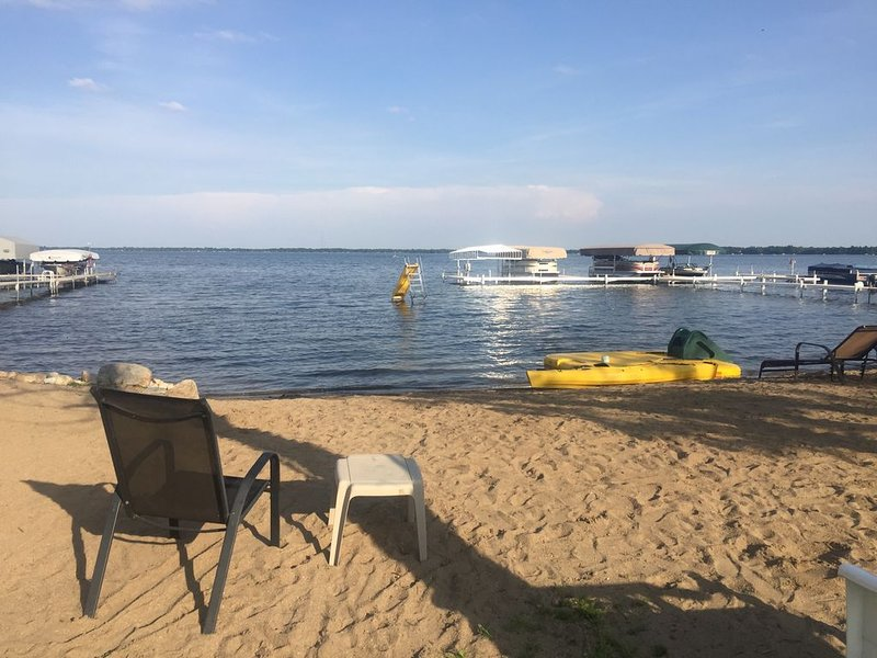 Lake View! 50 ft from Beautiful  Rush Lake, holiday rental in Richville