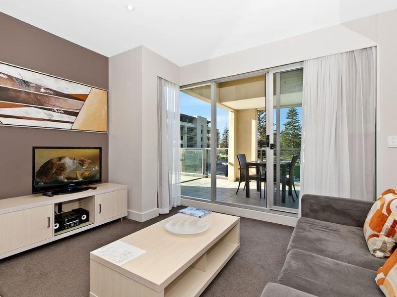 Apartment at Oaks Plaza -Free Car Park, Glenelg Beach, casa vacanza a Glenelg