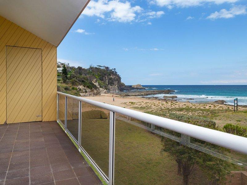 Retreat Beside The Beach - Unit One, casa vacanza a Malua Bay
