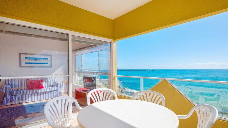 Avalon 4 - uninterrupted views Unlimited Wi-Fi, vacation rental in Yamba