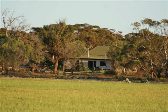Sandalmere Rural Cottage, holiday rental in Morgan