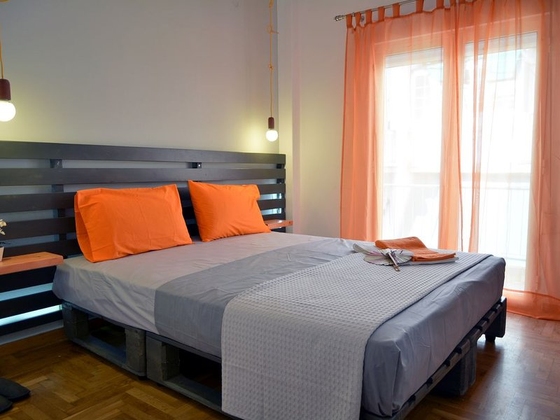 Private 5 Star Hidden GEM Next To The Acropolis, holiday rental in Dafni