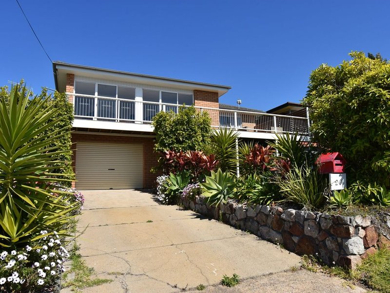 20 Golf Rd Johnnys Place Views and space to unwind, holiday rental in Barragga Bay
