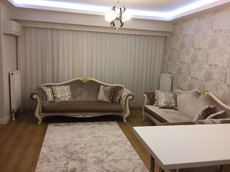 New Luxury 5-Star Apartment In Great Building, holiday rental in Gaziosmanpasa