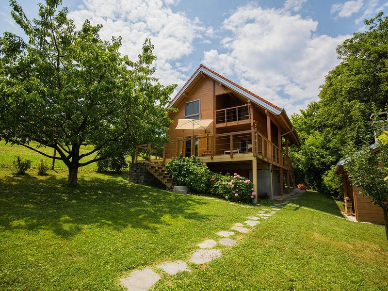 Wixa Samobor - vacation home located near Zagreb, alquiler vacacional en Zagreb County