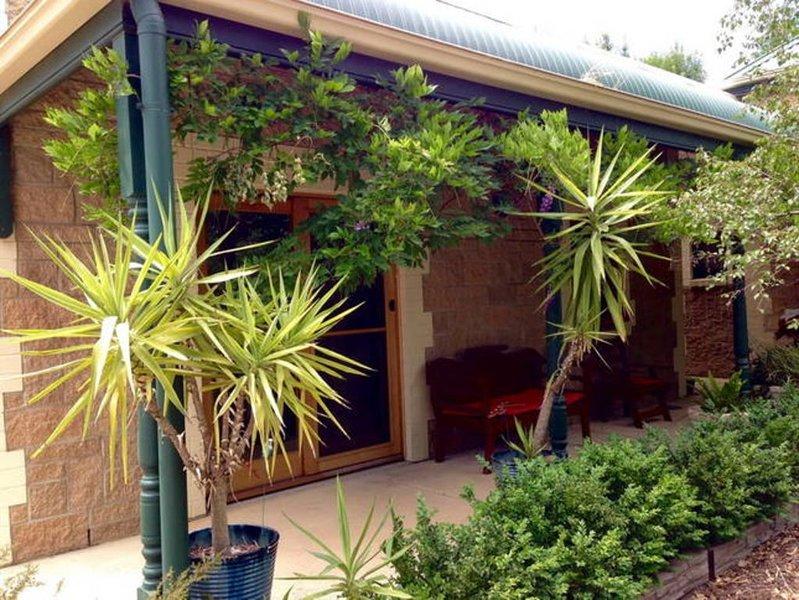Clarevale Cottage B&B, location de vacances à Clare
