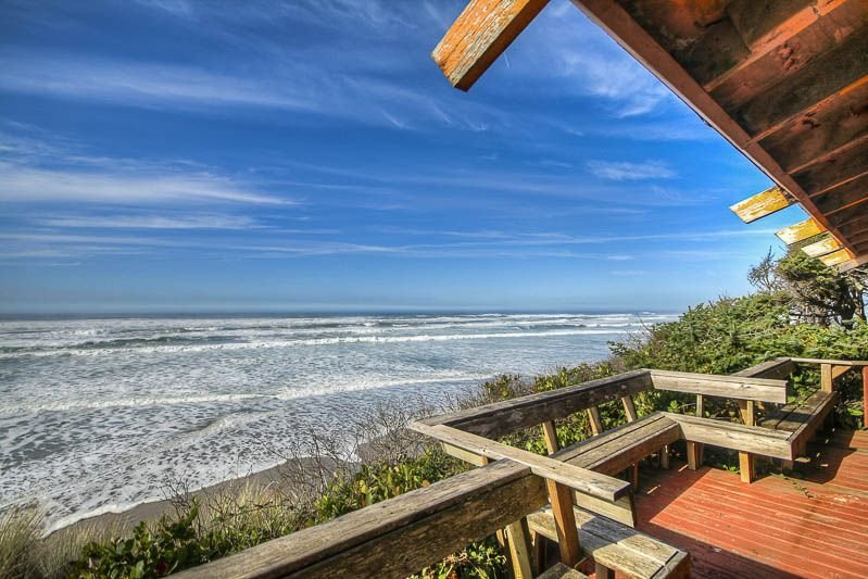 This Oceanfront Home Offers a Front Row Seat to Incredible Views!, location de vacances à South Beach