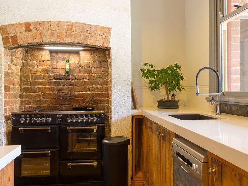 Karalilla - Historic Homestead, holiday rental in Stanley