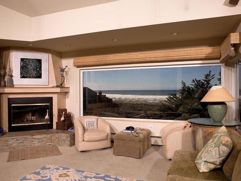 Monterey Dunes Beachfront...Beautiful views, Gorgeous home, come enjoy the beach, vacation rental in Marina