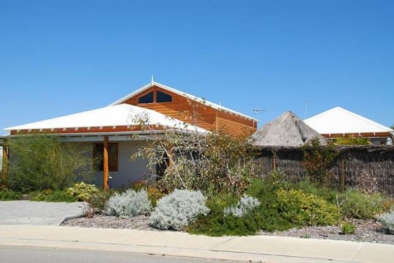 Spectacular Beach House, holiday rental in Green Head