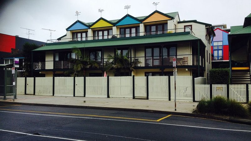 Main Street Apartment, holiday rental in Lorne