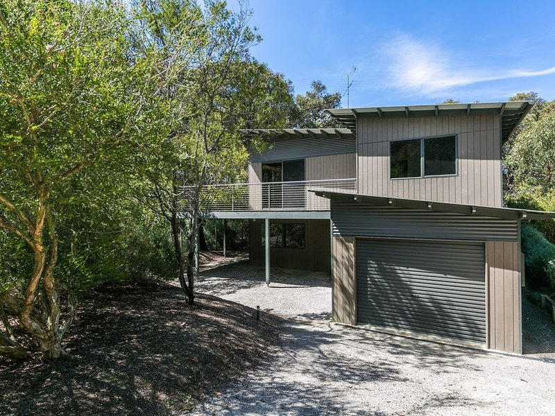 Property ID: 015AI067, holiday rental in Aireys Inlet