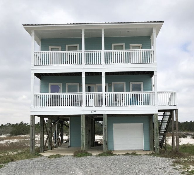 Gulf Views -Check Out Our Guestbook! -Pets Allowed, vacation rental in Fort Morgan