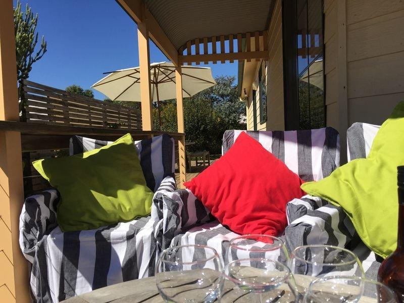 Getaway to Getaway ! - with unlimited wifi & Netflix, holiday rental in Aldinga Beach