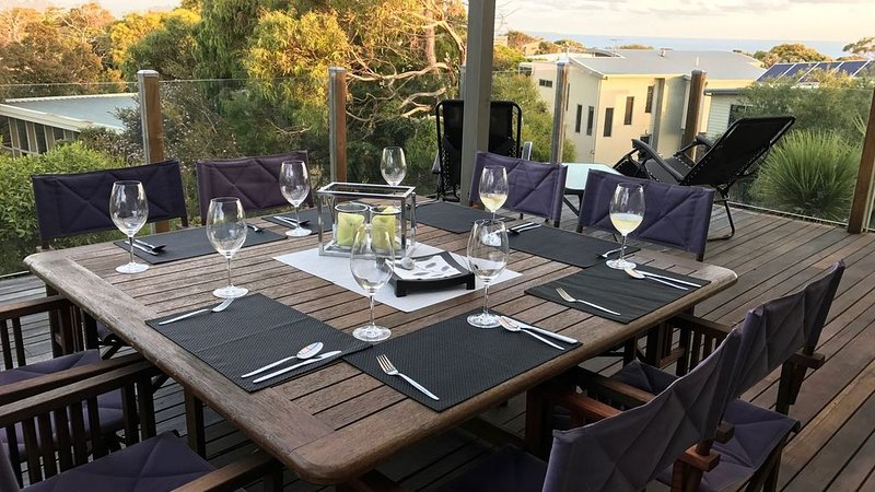 Relaxing Beachhouse with extensive sea views, holiday rental in Cape Paterson