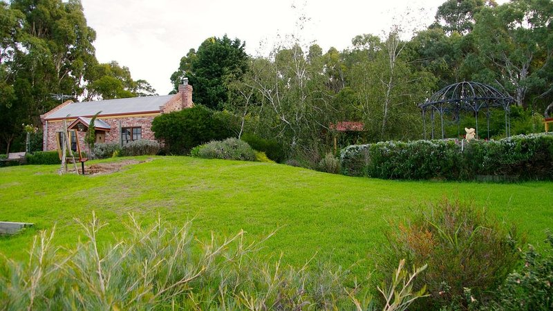 Pear Tree Hollow Cottage, vacation rental in Yankalilla