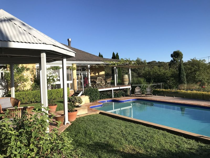 Milla's Vineyard Estate private property centrally located in the Hunter Valley, holiday rental in Cessnock