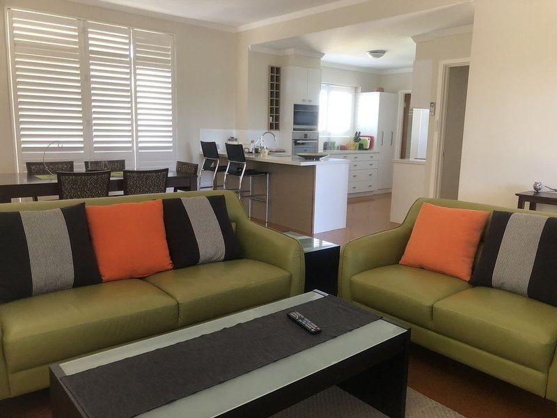 Allora Apartment of Applecross, vacation rental in Greater Perth