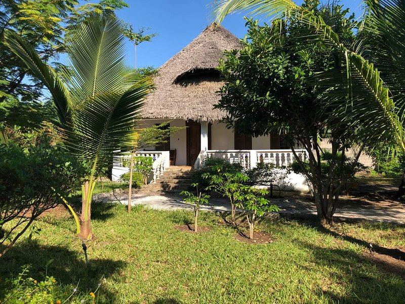 Tantaruga s Eden the hidden peace of heaven and tranquility, holiday rental in Makunduchi