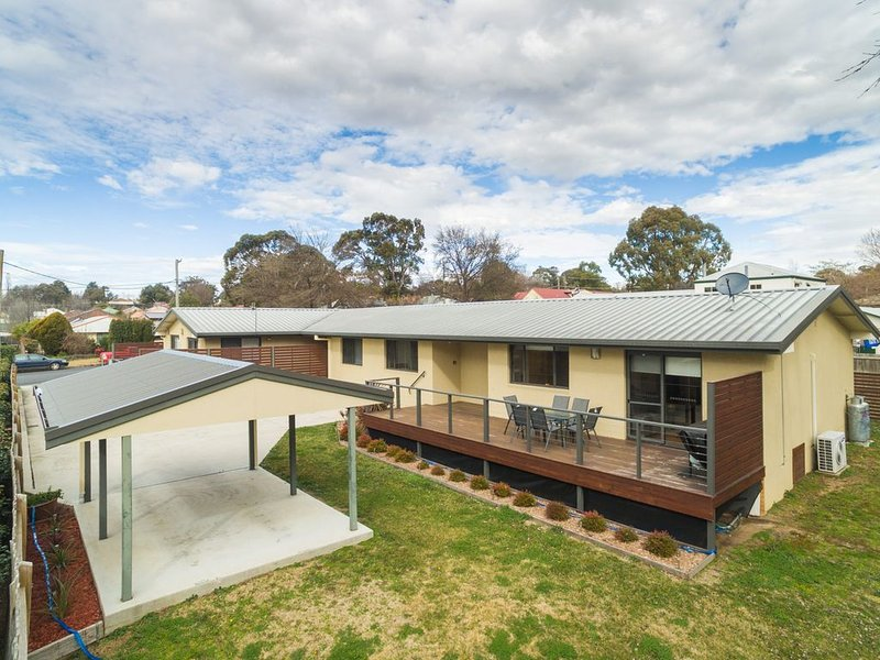 Apartments on Allingham, holiday rental in Armidale