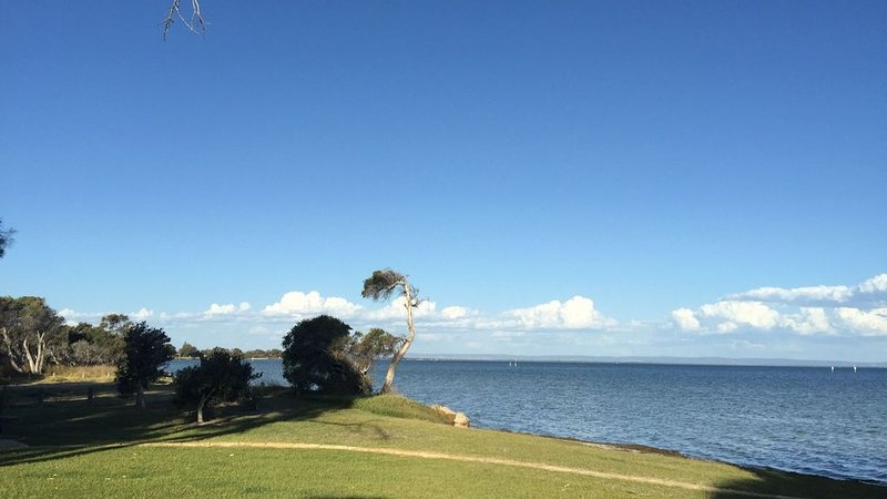 The Estuary Edge House, holiday rental in Mandurah