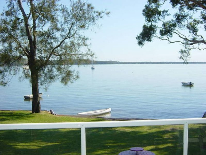 Woody's Place ( Water Front ), vacation rental in Port Stephens