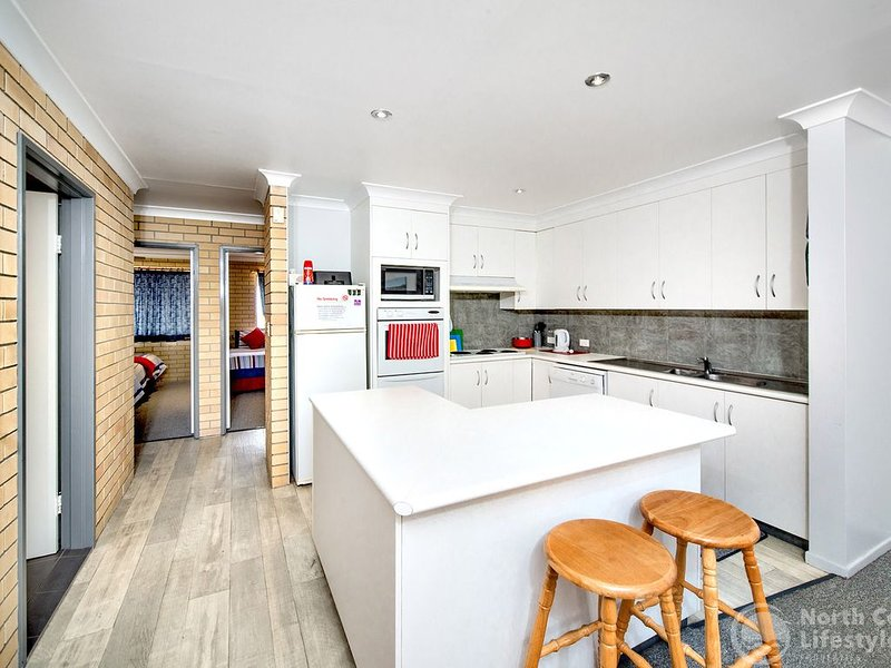'Parkside' - hosted by North Coast Lifestyle Properties, holiday rental in The Pocket