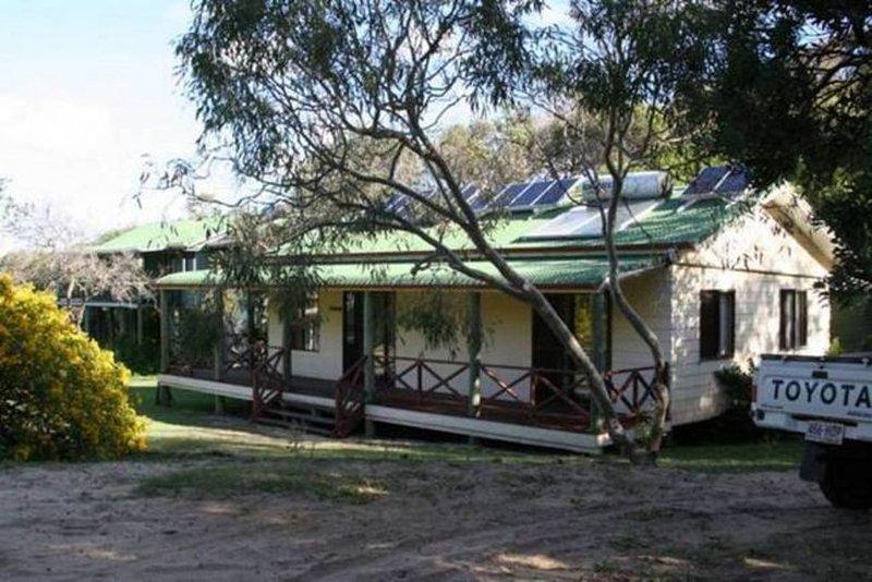 ⭐ ��⭐ Dingosden Happy Valley, vacation rental in River Heads