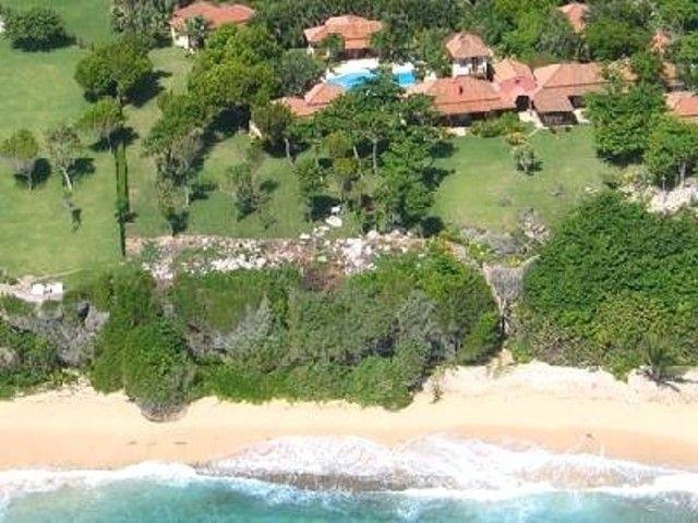 10 Bedroom Luxury Villa – semesterbostad i Cabrera
