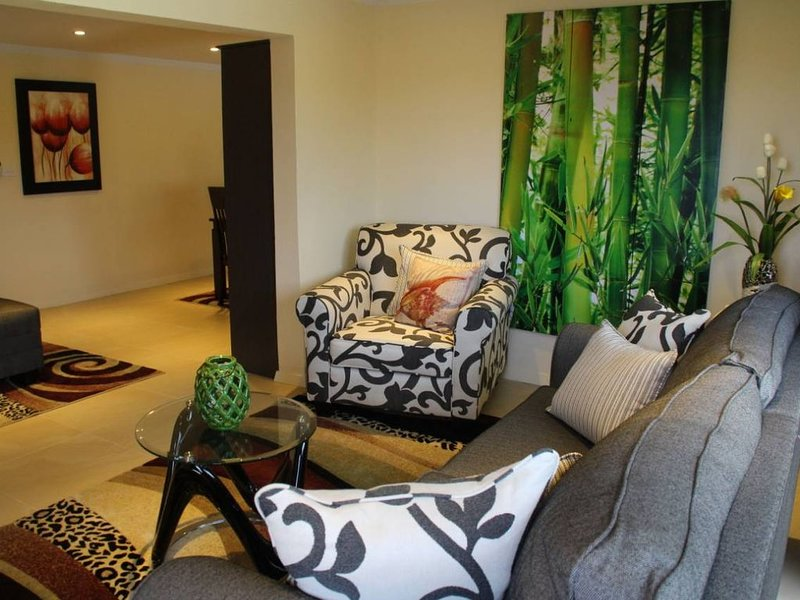 Executive two bedroom flat, alquiler vacacional en Nadi