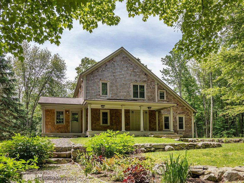 Secluded Post & Beam Home in Macedonia State Park, vacation rental in New Preston