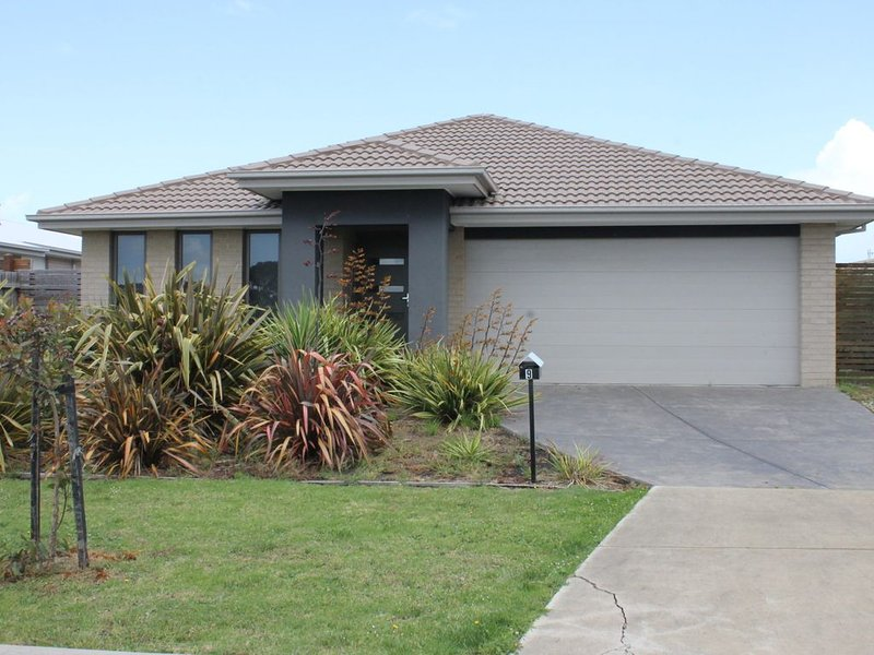 RELAX AND UNWIND AT OCEANIC DRIVE, location de vacances à Wattle Bank