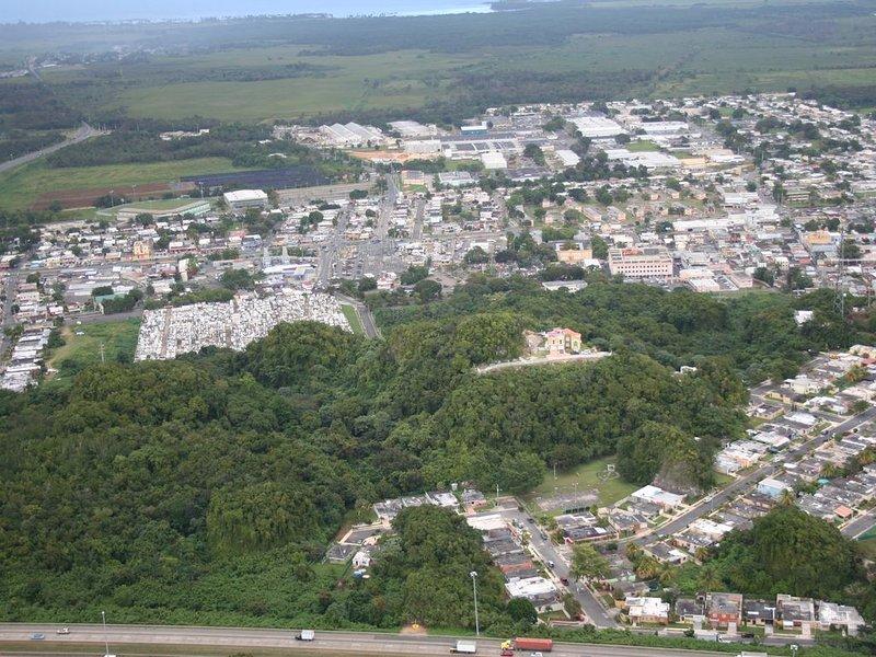El Monte es una hermosa casa en el tope de una montaña en la costa norte ., vacation rental in Ceiba