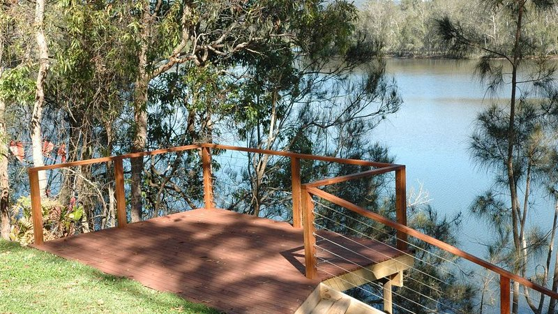 The River House - located at Nambucca Heads, holiday rental in Valla