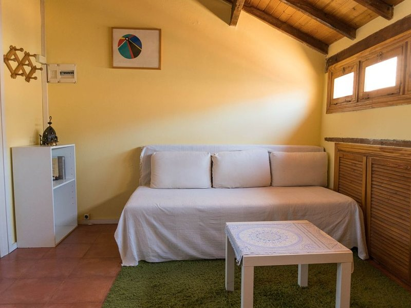 A COZI COTTAGE IN MADRID, vacation rental in Leganes